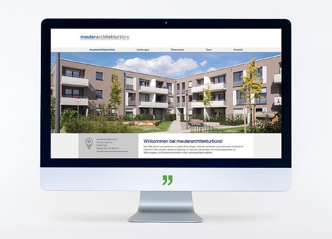 """Bildschirm mit der Webseite des """"meuterarchitekturbüro"""". Webseitengestaltung und -pflege durch die kggk"""